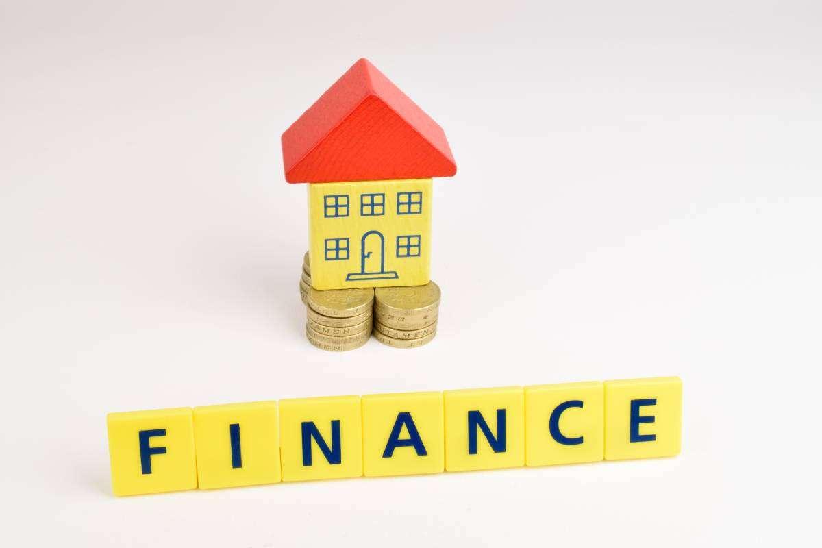 MaxCap flexible funding options assessing a business loan